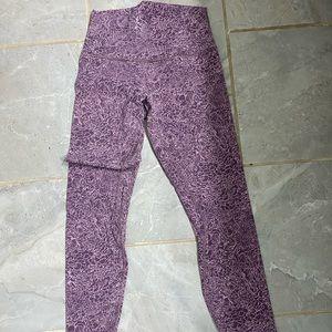 ⁉️⁉️Align Lululemon Purple Floral 28⁉️⁉️